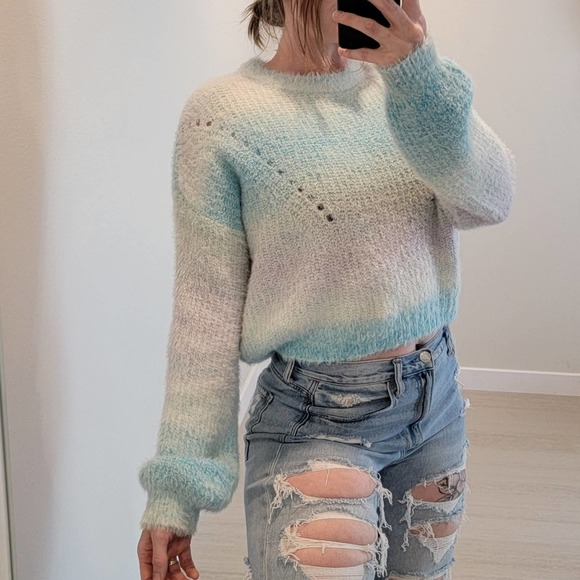 Wild fable fuzzy sweater ombre tie dye medium crop